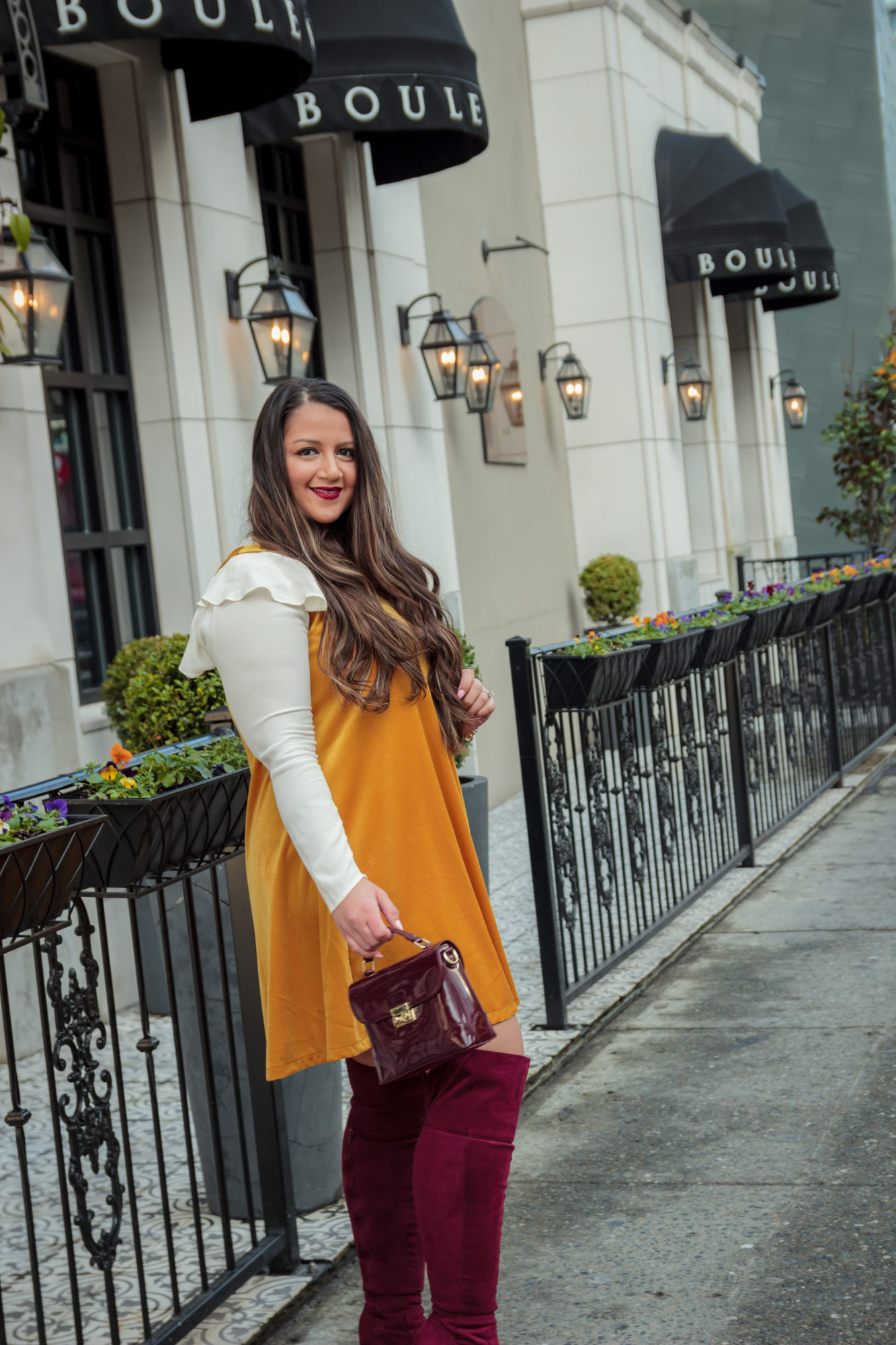 Casual chic Valentine's Day Outfit