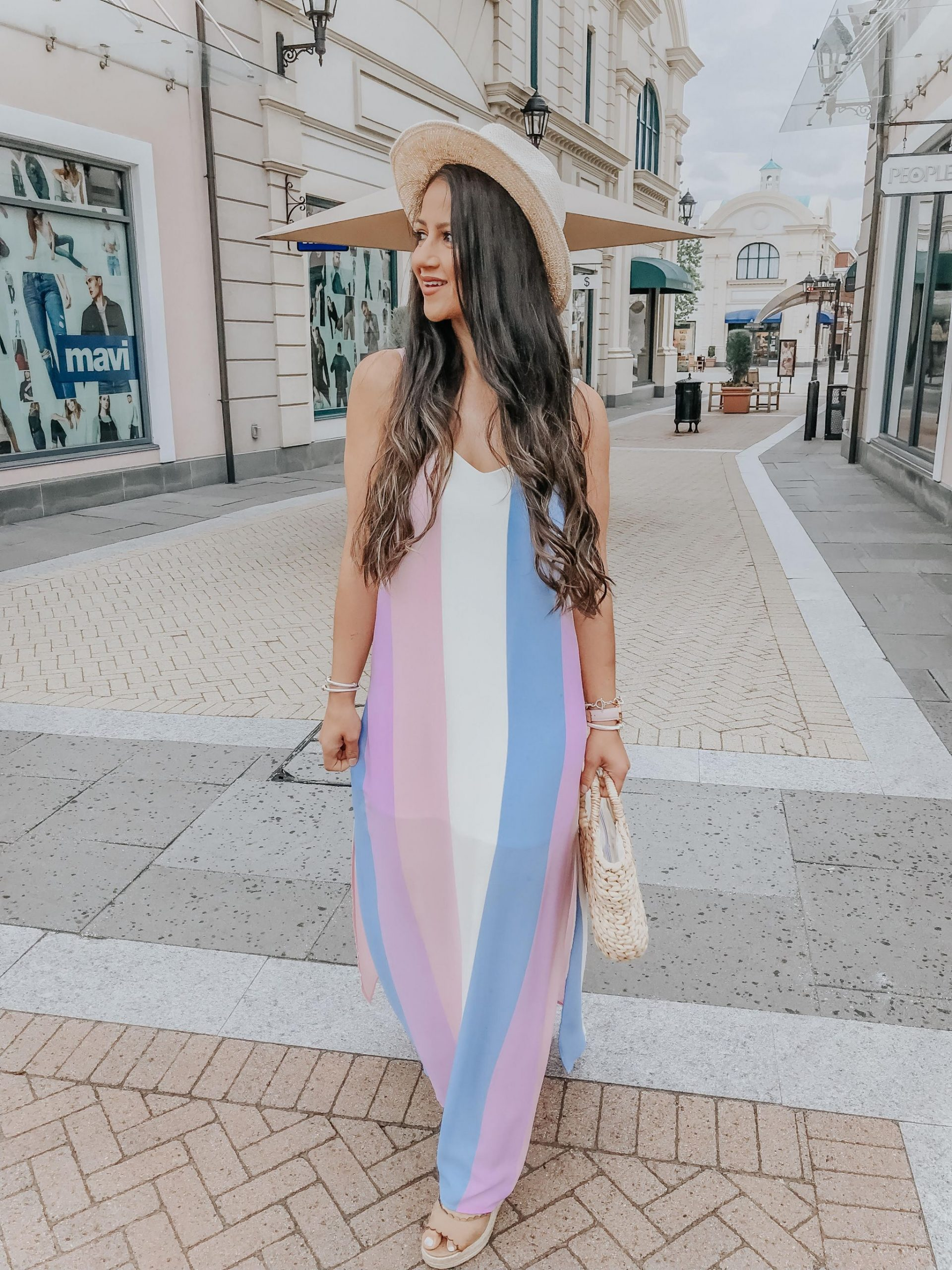 9 Swoon Worthy Maxi Dresses For Summer