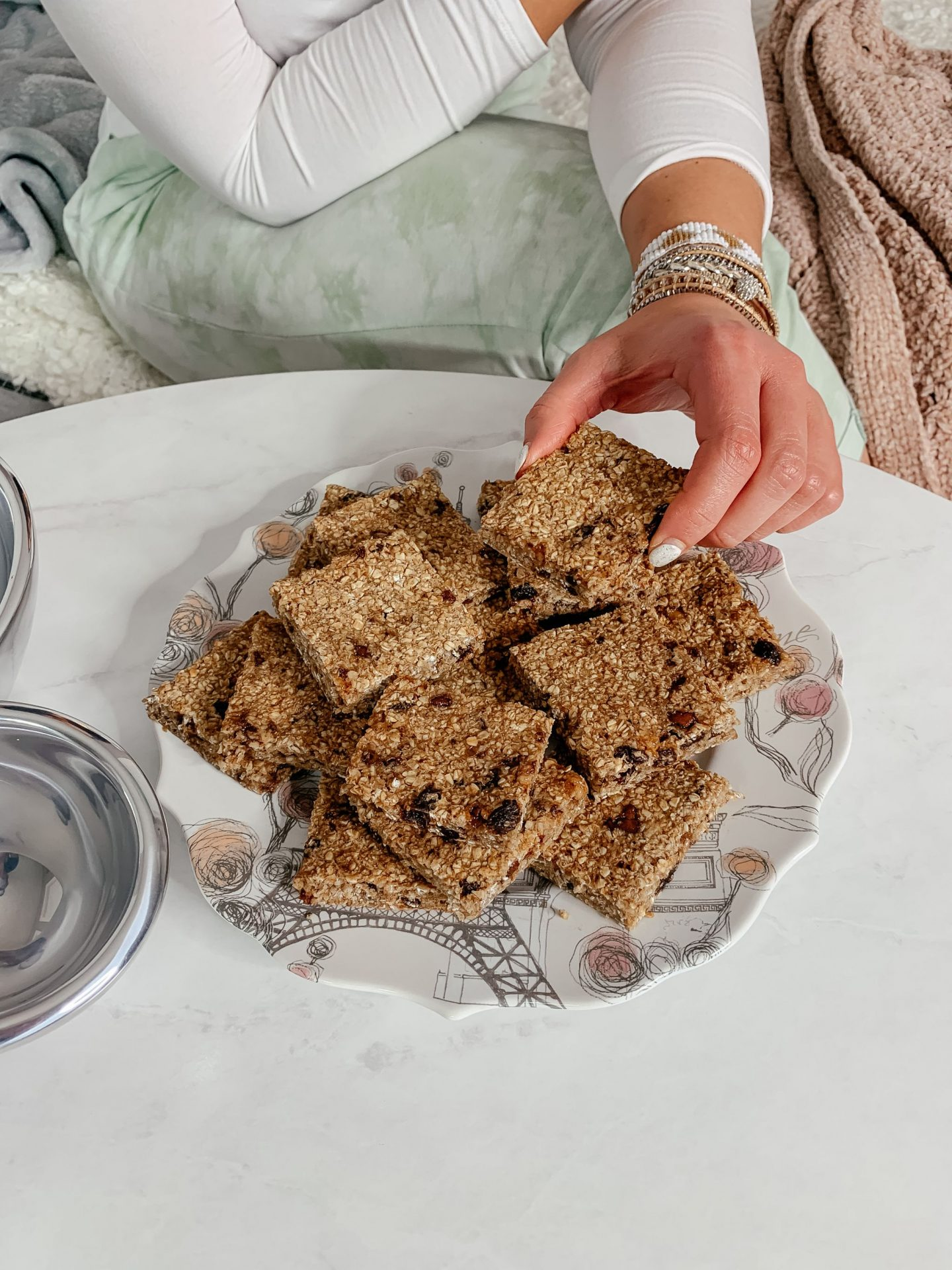 Healthy No Flour, No Sugar Granola Bars